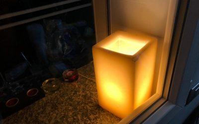 Ristratti #28 La lampada di cera di Chiara Bidoli
