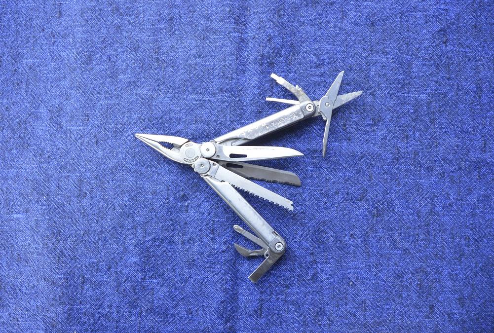 Ritratti #8 Il coltello multiuso di Andrea Vico